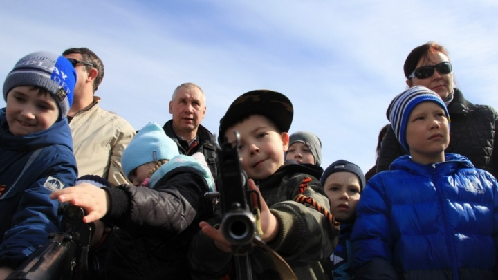 День Победы глазами фотографа: самые яркие моменты с празднования в Архангельске