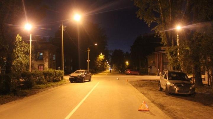 В Северодвинске водитель на «Шкоде» сбил женщину с ребенком