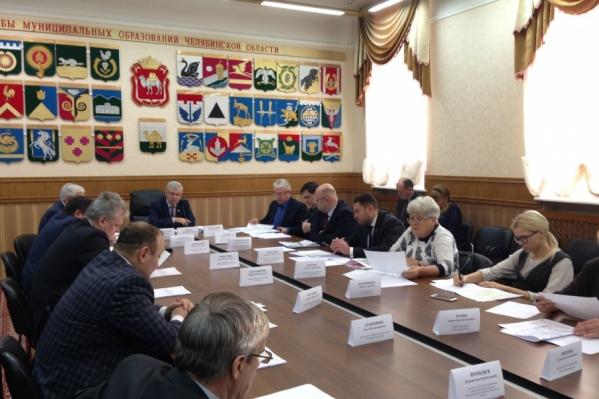 Владимир Мякуш порекомендовал не будоражить людей и отказаться от публичных слушаний