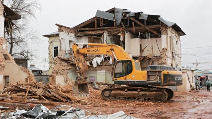 Непригодно для жилья: в Орджоникидзевском районе в 2018 году снесут несколько домов