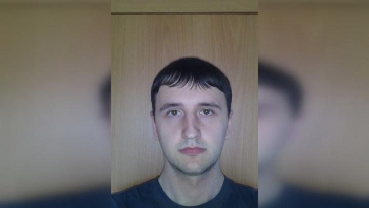 Вышел из больницы и пропал: в Перми ищут 27-летнего мужчину