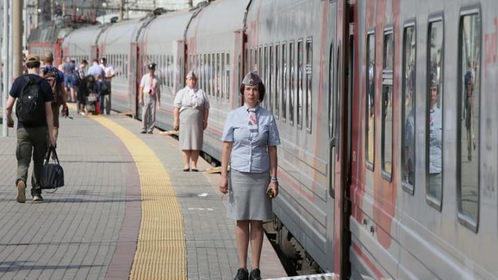 В Самаре поезда оборудовали безопасными съемными трапами для перехода с платформы в вагон