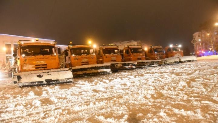 Мэрия Ярославля оштрафует коммунальщиков на 150 тысяч рублей за плохую уборку снега