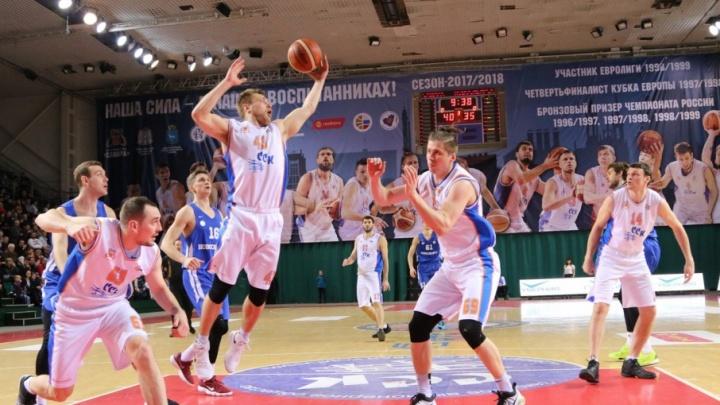 Самарские баскетболисты сыграют с актерами фильма «Движение вверх»