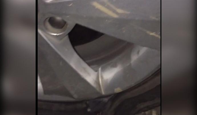 Рыбинец поехал отметить День города в Ярославль и повредил автомобиль