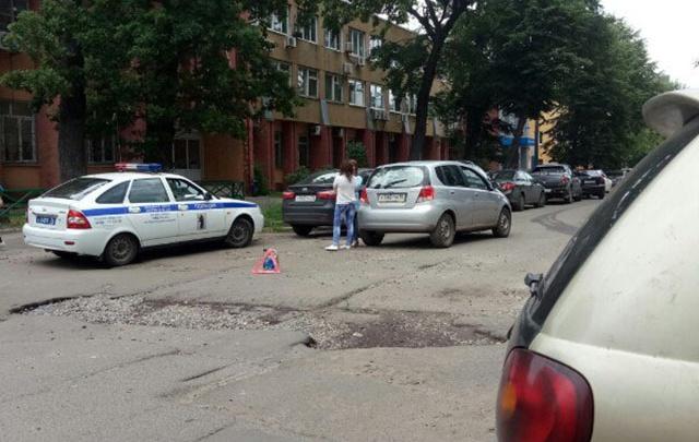 В Ярославле назвали самые аварийные ямы недели