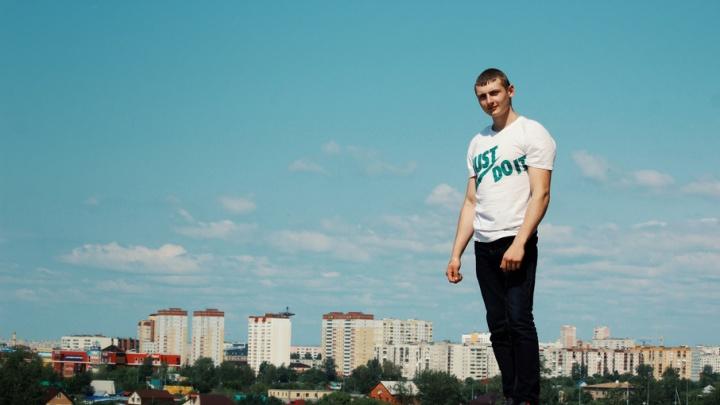 Травмированный кандидат на службу в УФСИН Владислав Елфимов до сих пор находится в коме