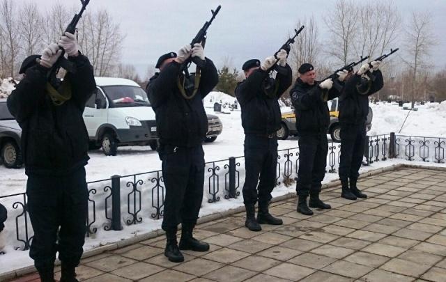 В Прикамье почтили память погибших в Чечне бойцов ОМОНа