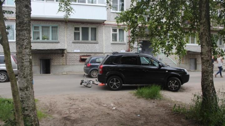 В Северодвинске женщина на иномарке сбила 8-летнего велосипедиста