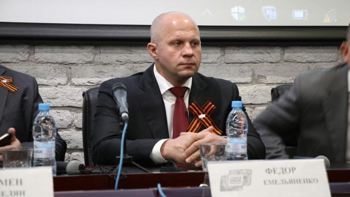 Федор Емельяненко похвалил ростовских бойцов и рассказал о посещении стелы «Воинам-освободителям»