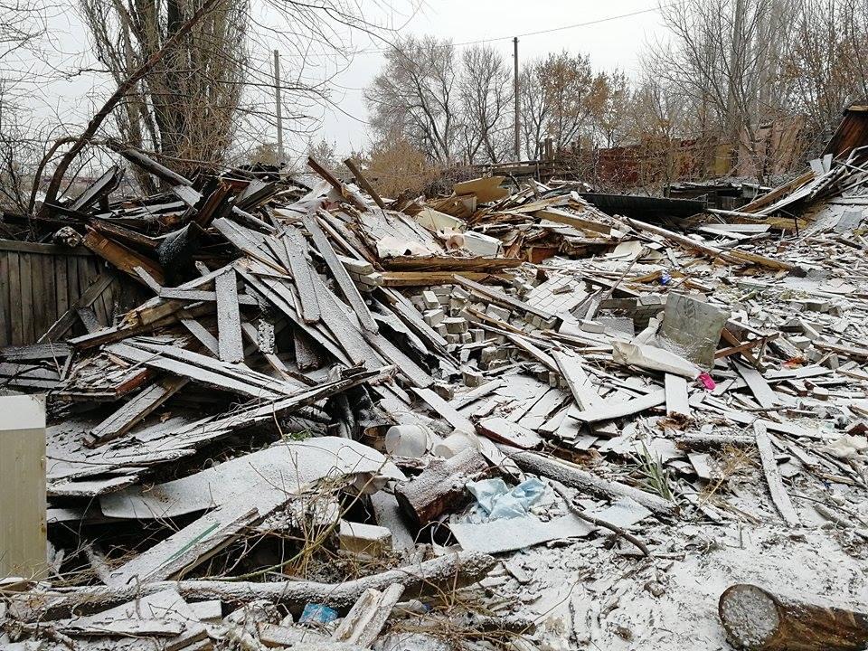 Под руинами дома остались все вещи волгоградцев