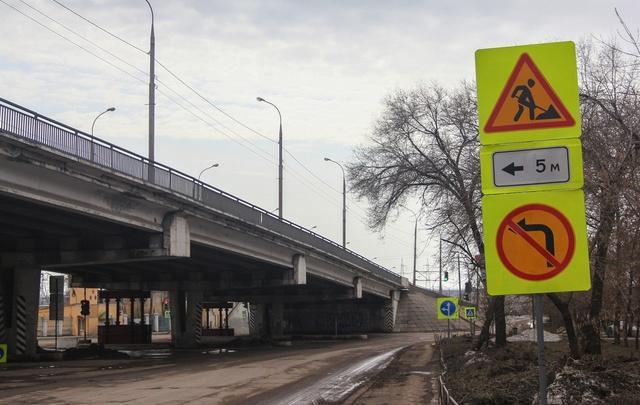 Городские власти рассказали, как будет ходить общественный транспорт у Южного моста