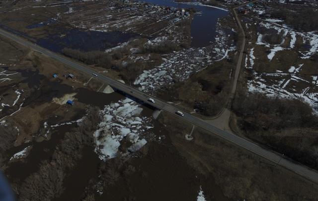 В Самарской области из-за паводка подтопило 55 приусадебных участков и пять мостов
