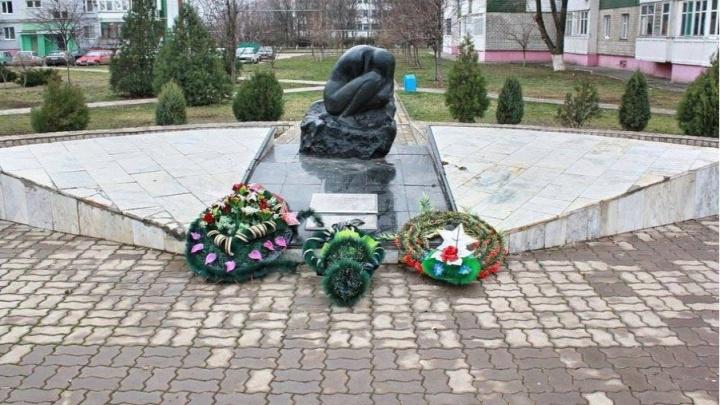 Террористов, взорвавших дом в Волгодонске, осудят за расстрел российских военных