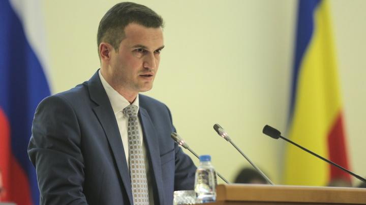 Самый богатый министр Ростовской области заработал почти 3,8 млн рублей