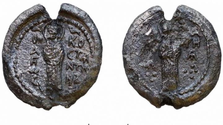 В центре Ярославля археологи нашли княжескую печать семьи первого главы города