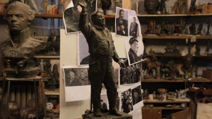 Под Ярославлем появится памятник автомеханику Макарычу из фильма «В бой идут одни старики»