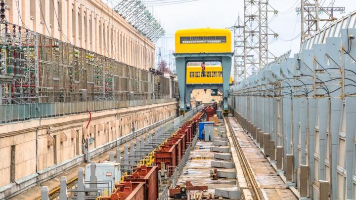 Жигулевская ГЭС начала пропускать воду в транзитном режиме