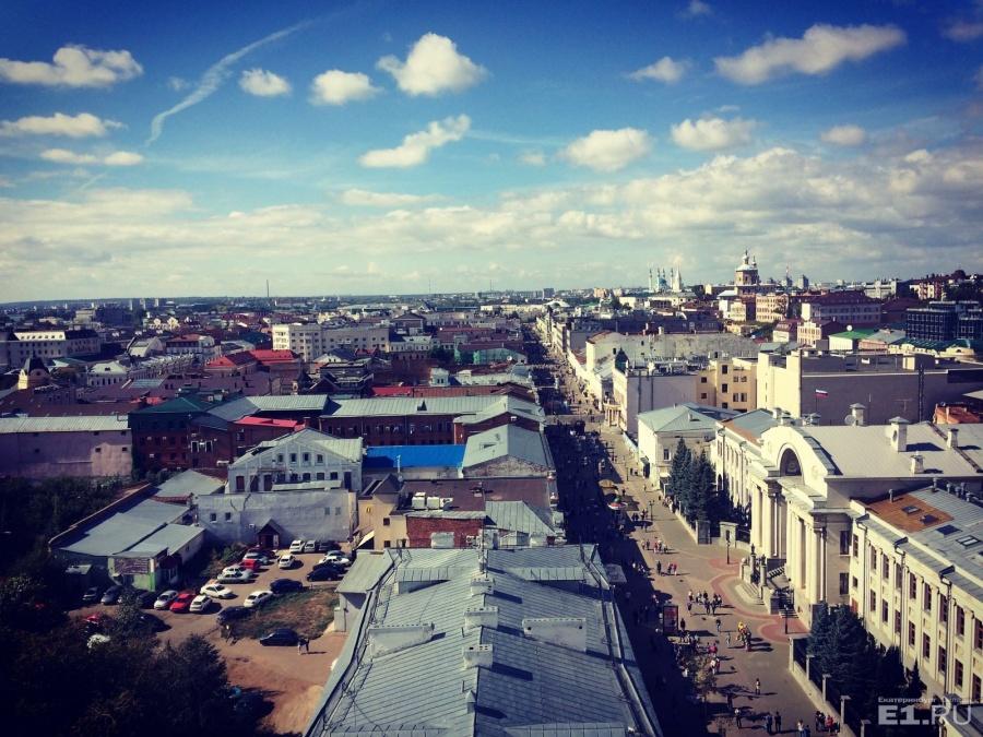 По качеству дорог, паркам, спортивным сооружениям, набережной, целостности архитектуры Казань на голову выше Екатеринбурга, считает Фролов.