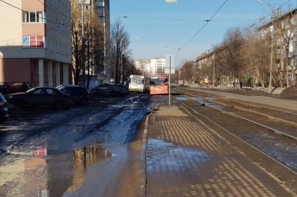 Улицу Чкалова обещают отремонтировать летом