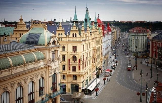 Ostrovok.ru: спасение от скачка курса валют