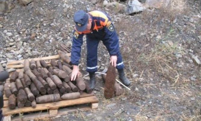 Мины, гранаты и снаряды: на Дону обнаружили боеприпасы времен войны