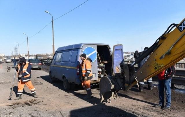 Дорожный подрядчик в Ярославле заделал тысячу ям за полтора месяца