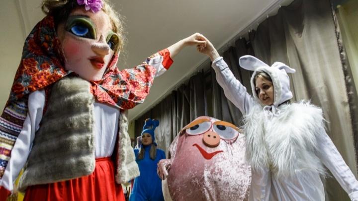Болельщиков Волгограда встретят большими куклами перед первым матчем на новом стадионе