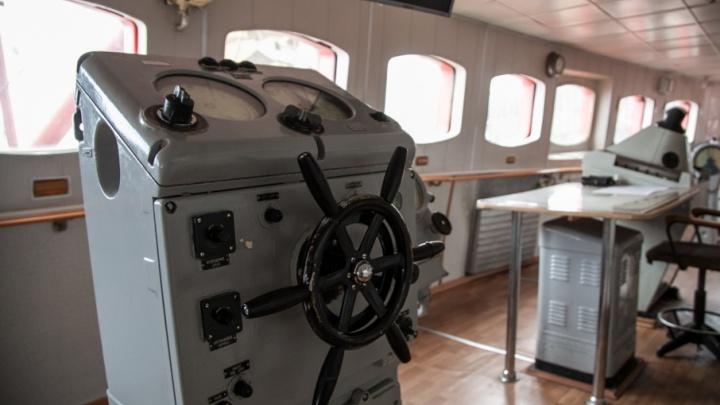 Архангельские следователи завели дело на капитана теплохода за незаконную перевозку пассажиров