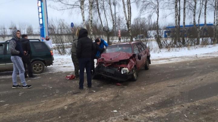 Подробности тройного ДТП в Рыбинске: участники рассказали о причинах аварии