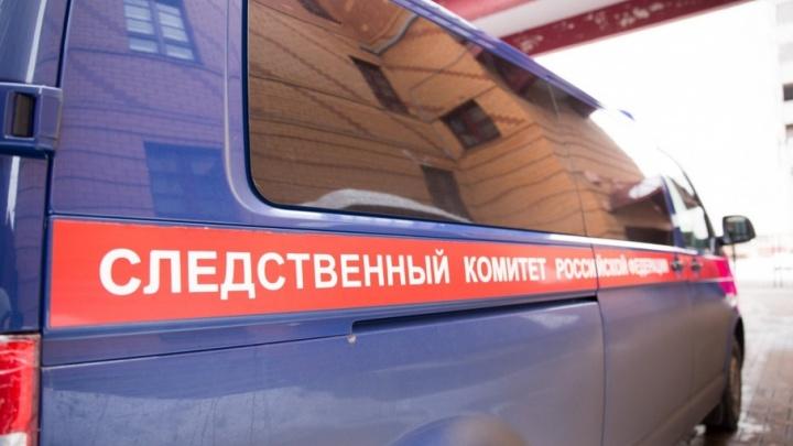 Задушила колготками, спасая сына: в Ярославской области женщина убила своего мужа