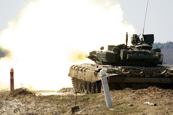 Танкистам предстоит перейти от тренажеров к боевым машинам