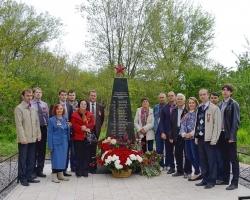 Атомщики восстановили шесть мемориальных комплексов на братских могилах