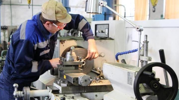 «Ростовводоканал» предлагает выучиться на слесарей-ремонтников, слесарей-сантехников и токарей