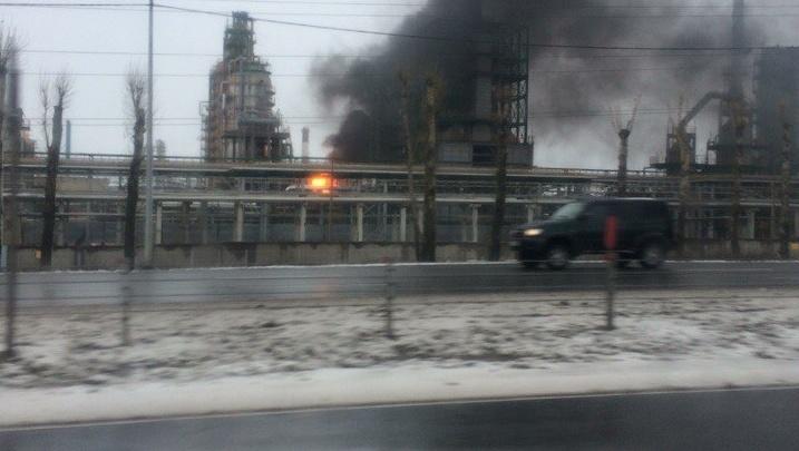 На погибшем загорелась одежда: следователи возбудили дело по факту пожара на НПЗ