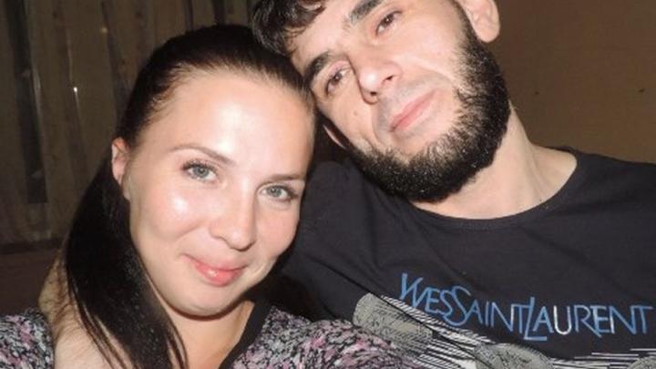 В Волгограде 39-летний мужчина зарезал сожительницу, а затем сделал харакири