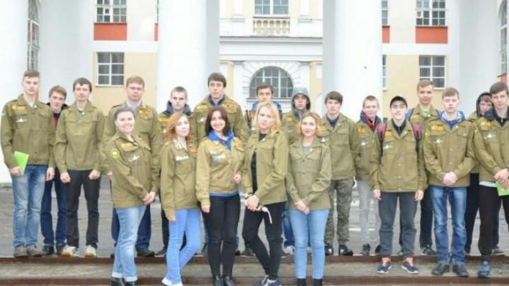 Студенческий отряд «Новодвинский» встал на защиту чистоты в городе бумажников