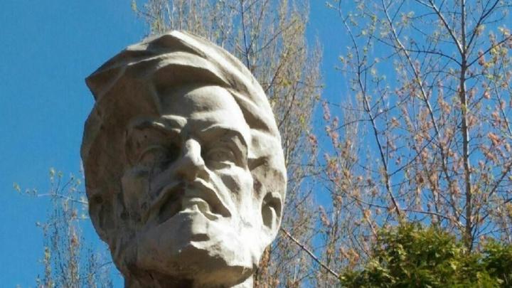 «Демонтаж разрушит бюст»: в Самаре сделают новый памятник Масленникову