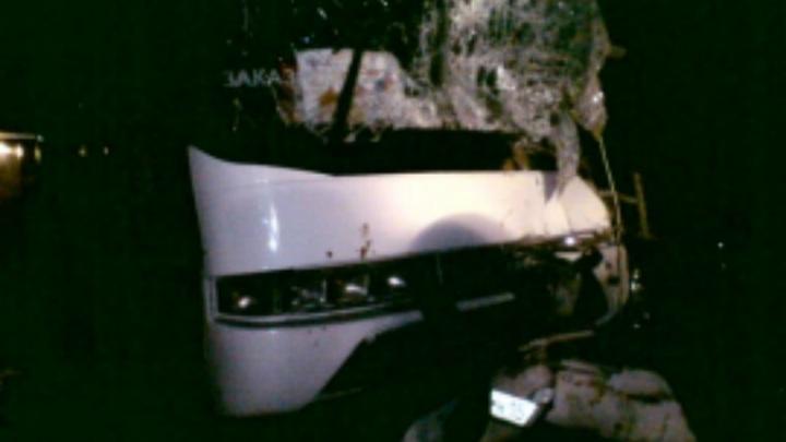 Водитель школьного автобуса, попавшего в ДТП, умер в больнице