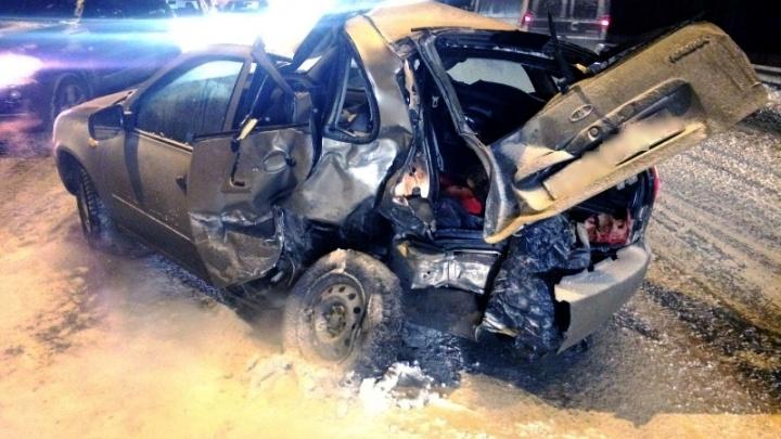 МВД: дорожную аварию на Южном мосту спровоцировала водитель «Калины»