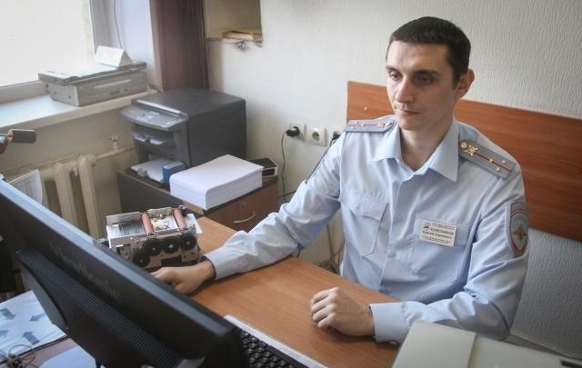 Регистрацию автомобилей в Челябинске сделали ежедневной