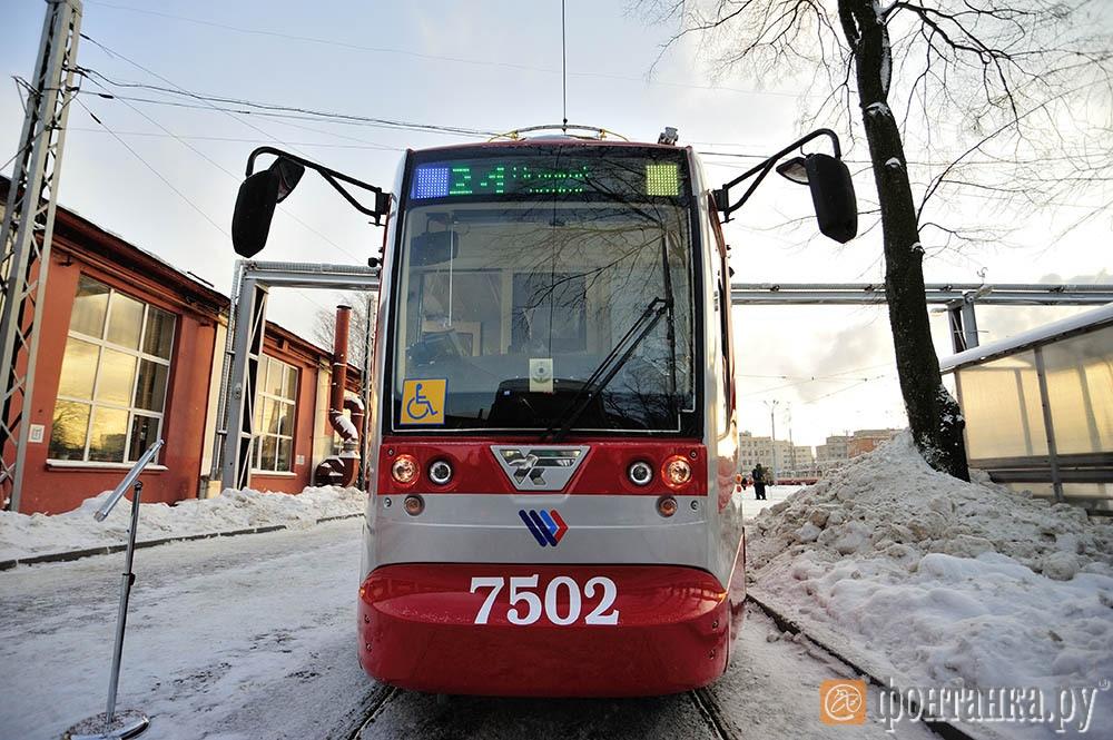 Короткий трамвай Усть-Катавского вагоностроительного завода