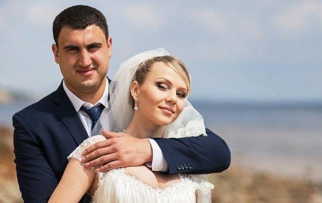 Назначена проверка по обращению о подделке документов супруга умершей в Волгограде роженицы