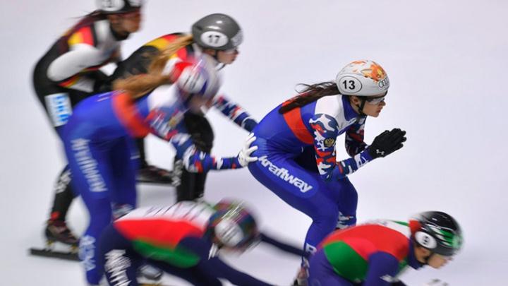 «Девочки в растерянности»: челябинские шорт-трекистки ждут решения Союза конькобежцев по поездке на Игры