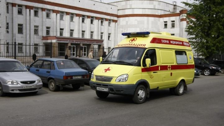Школьник из Копейска попал в больницу в тяжёлом состоянии после нападения собак