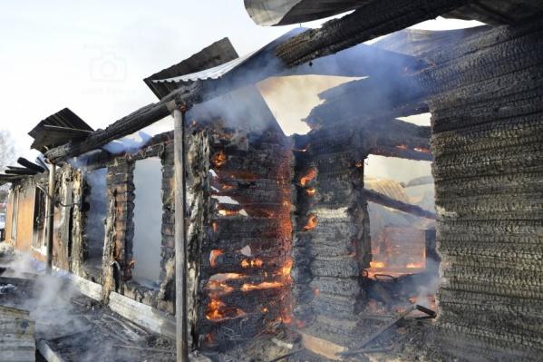 Дом многодетной семьи после пожара не пригоден для проживания