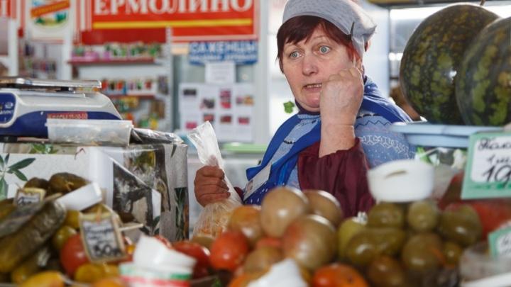 Почти все торговцы Ворошиловского рынка Волгограда заключили новые договоры аренды