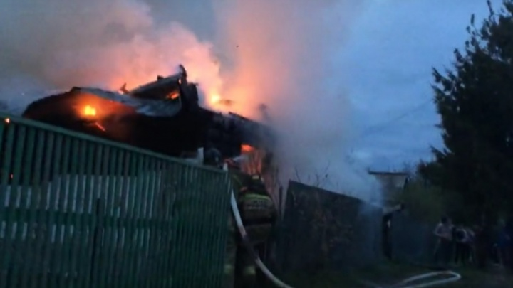 В садовом обществе «Плодовое» сгорел дачный домик тюменцев