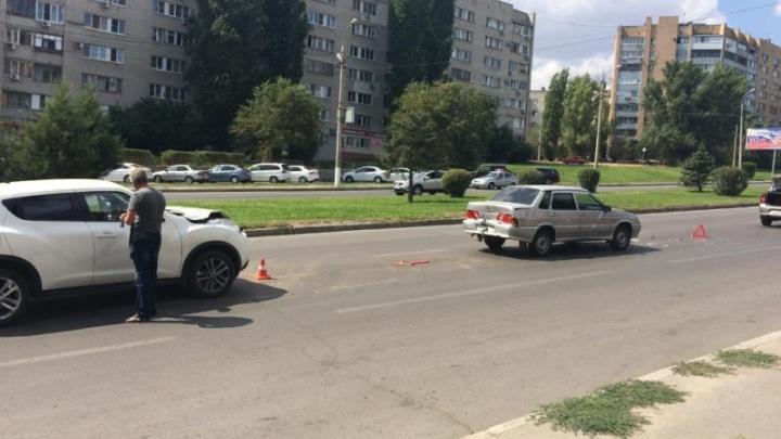 В тройном ДТП в центре Волгограда пострадала четырехлетняя девочка