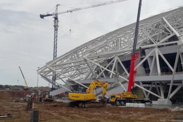 Стадион внешне будет напоминать космический корабль